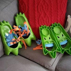 L.L. Bean Dinosaur Snow Feet